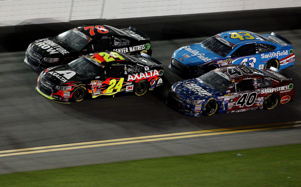 Jeff+Gordon+NASCAR+Sprint+Cup+Series+Coke+Zero+400+2015 (2)
