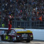 Jeff Gordon Martinsville Victory Lane Crowd Salute